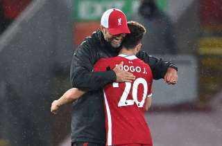 """75 دقيقة.. ليفربول يسجل الثاني في شباك شيفيلد والـ""""فار"""" يلغي هدف صلاح"""