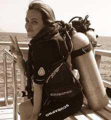 بـ ملابس الغوص.. ريهام عبد الغفور توجه نصيحة لمتابعيها
