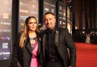 أحمد السقا يعلق على إطلالة زوجته في الجونة : لبستها الجاكيت بتاعي