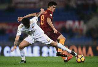 روما يخطف تعادلا مثيرا من ميلان بالدوري الإيطالي