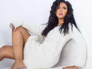 """بـ """"هوت شورت مثير"""".. رانيا يوسف بتدلع جمهورها على السويشال ميديا"""