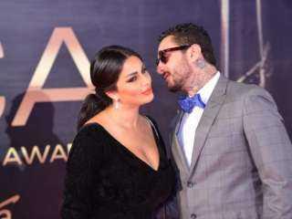 أحمد الفيشاوي يتغزل في زوجته بصورة رومانسية: سندي في الدنيا