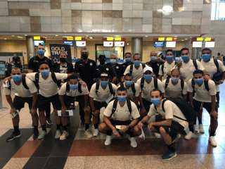 بعثة منتخب الصالات تغادر إلى الإمارات