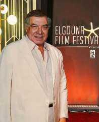 شاهد.. فريد شوقي يظهر في الحفل الختامي من مهرجان الجونة السينمائي