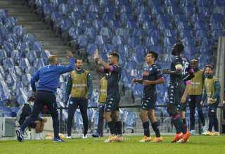 بوليتانو يقود نابولي لفوزا مهما على ريال سوسيداد بالدوري الأوروبي