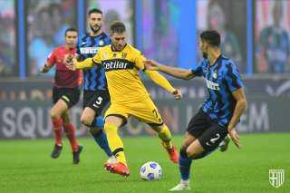 إنتر ميلان ينجو من فخ بارما ويتعادل معه (2 – 2) بالدوري الإيطالي