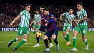 ريال بيتيس يواجه إيبار في الدوري الإسباني