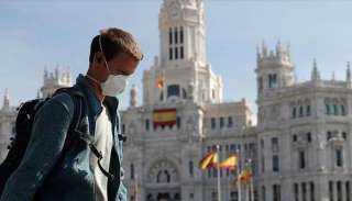 إسبانيا تبدأ برنامج  للتطعيم  الاختياري ضد كورونا في يناير