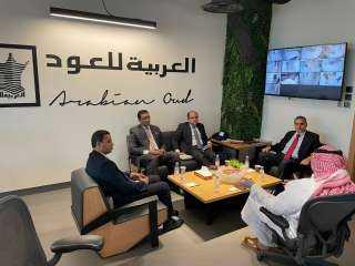 """صور.. تقرير حكومي يرصد أحوال 2000 مصري بشركة """"العود"""" بالسعودية"""