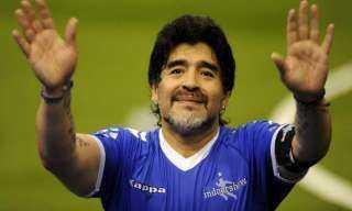 قرار عاجل من الأرجنتين بشأن وفاة أسطورة كرة القدم مارادونا