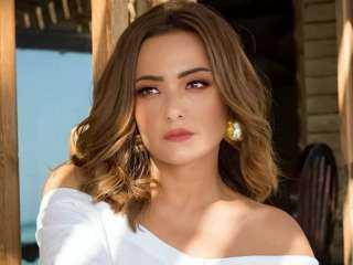 """بشرى تكشف عن """"شبكتها"""" من خطيبها: مقبرة عشان الآخرة"""