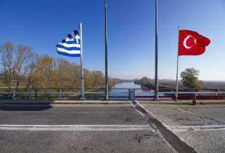 الحكومة اليونانية: تركيا تتخبط خشية العقوبات الأوروبية