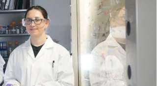 """تعمل عليه منذ 5 سنوات.. باحثة تخترع """"ماسك"""" من الملح يحمي من نزلات البرد والإنفلونزا"""