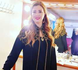 رانيا فريد شوقي بالعباية في أحدث ظهور لها