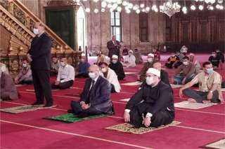الإفتاء تكشف حكم لبس الكمامة في الصلاة