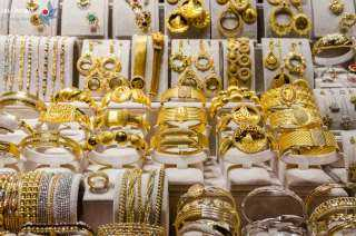 """كورونا و الذهب .. كيف قضى """"عدو البشرية """" على أحلام المستثمرين فى المعدن النفيس ؟"""