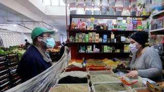 الجزائر تمدد الحظر الليلى للسيطرة على انتشار كورونا