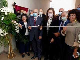 وزيرة التخطيط ومحافظ القاهرة يشهدان إفتتاح مدرسة تواصل للتعليم