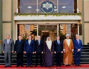 رئيس الرقابة الإدارية يستقبل وفد البرلمان العربى
