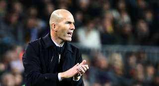 زيدان يعلن تشكيل ريال مدريد لمواجهة شاختار بدوري الأبطال