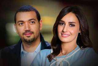 الداعية معز مسعود يعترف بحبه لحلا شيحا ويهديها أغنية بصوته .. والأخري ترد