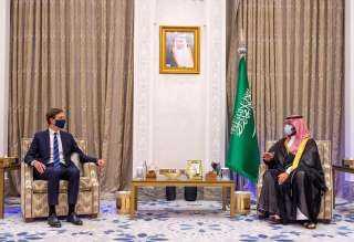 تفاصيل لقاء أمير قطر مع مستشار الرئيس الأمريكي