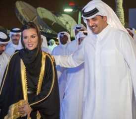 """أمرته بعدم تقديم تنازلات  .. الشيخة موزة تجبر نجلها تميم على إفشال """"المصالحة الخليجية"""""""