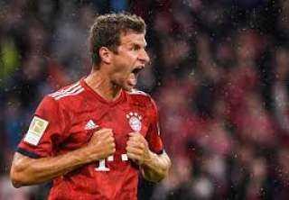 """تقرير : لوف يريد ضم توماس مولر لقائمة المنتخب الألماني في """"يورو 2020"""""""