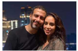 محمد فراج يغازل خطيبته بكلمات رومانسية