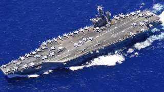 دقت طبول الحرب.. إيران تُطلق صواريخ باتجاه حاملة طائرات أمريكية