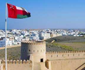 عمان تغلق حدودها البرية مجددا للحد من انتشار كورونا