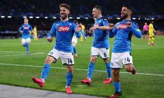 0-6 .. نابولي يكتسح فيورنتينا بنتيجة تاريخية