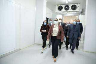 عاجل.. الحكومة تعلن موعد تطعيم الشعب ضد كورونا
