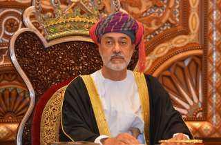 السلطان هيثم يجري ترقيات وتعيينات عسكرية بالجيش العماني