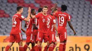 بايرن ميونخ يفوز على أوجسبورج بشق الأنفس في الدوري الألماني