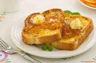 «زي المطاعم».. طريقة تحضير سويت توست بالقشطة والعسل