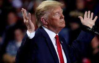 بنك أمريكي يغلق حساب ترامب
