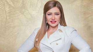 بالأبيض والأسود.. ليلى علوي تشارك جمهورها بصورة من صندوق الذكريات