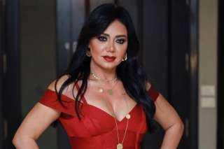 """بالفيديو.. رانيا يوسف ترقص بفستان أحمر مثير عبر """"إنستجرام"""""""
