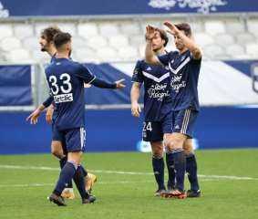 بوردو يهزم آنجيه في الدوري الفرنسي