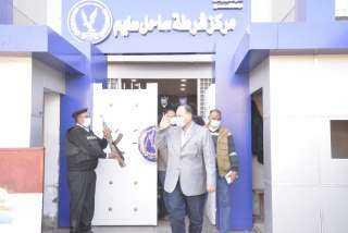 اللواء عصام سعد يزور مركز شرطة ساحل سليم وبعض الاكمنة والتمركزات الامنية