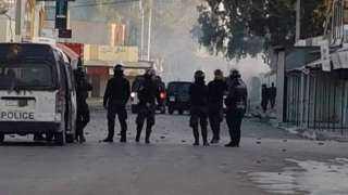 اشتباكات بين متظاهرين وقوات الأمن في مظاهرات تطالب بإسقاط الغنوشي