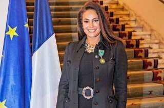 هند صبري: فخورة بحصولي على وسام الفنون والآداب الفرنسي بدرجة ضابط بالقاهرة