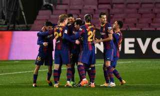 سبورت: القوات الكتالونية تقتحم نادي برشلونة.. تعرف على السبب