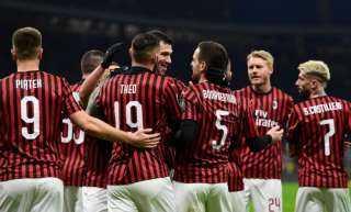 ميلان يفوز على روما بثنائية ويحتل وصافة الدوري الإيطالي