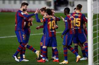 برشلونة يحل ضيفا على إشبيلية اليوم في الدوري الإسباني