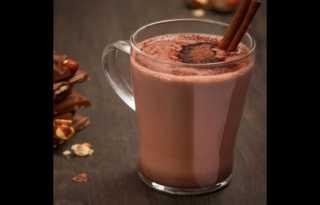 كل ما تريد معرفته عن فوائد الكاكاو السحرية مع القرفة