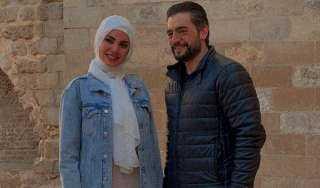 درة ترتدي الحجاب والسبب هاني سلامة.. اعرف الحكاية