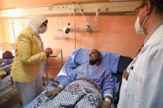 حادث قطار طوخ ..المصابون يروون لحظات الرعب لوزيرة الصحة