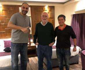 بالصورة.. مدرب برتغالي شهير يصل القاهرة لتدريب الأهلي